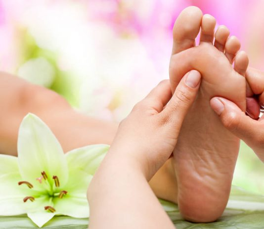 Foot Massage Videos on Spas and Salons India